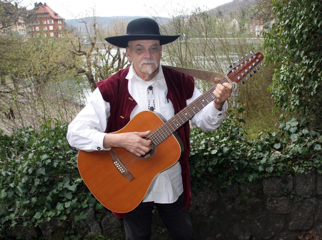 Roland Kroell 3